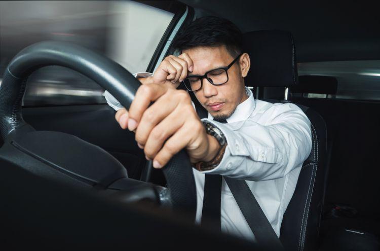 5 Teknik olahraga mata agar tak capek mengemudi saat mudik