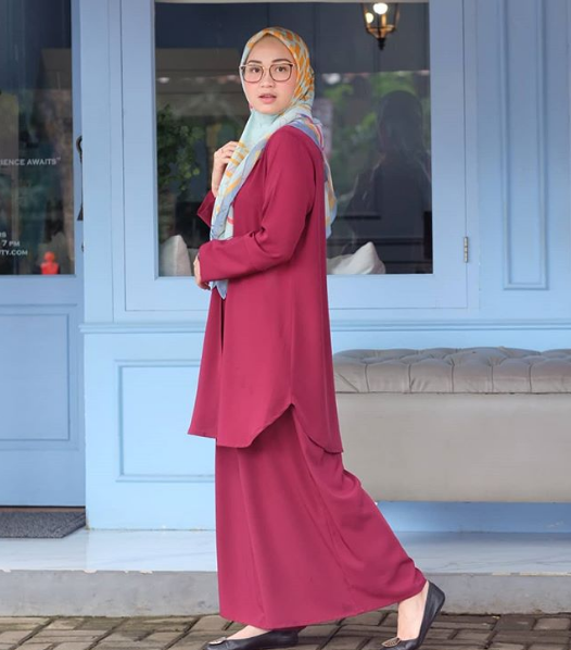 inspirasi outfit hada kusumonegoro © 2019 brilio.net