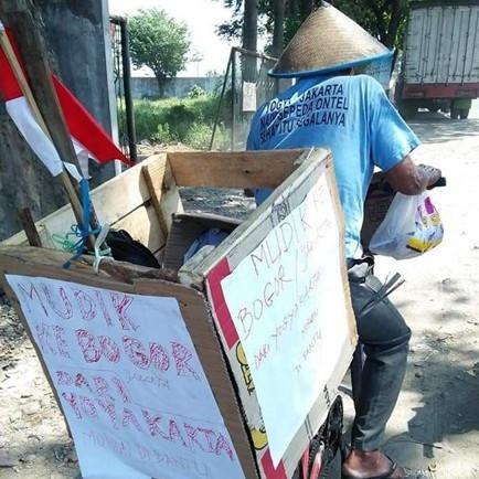 Kisah lansia bersepeda Jogja-Bogor demi temui anak saat Lebaran