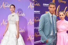 8 Potret langka Naomi Scott 'Putri Jasmine' di Aladdin dan suami