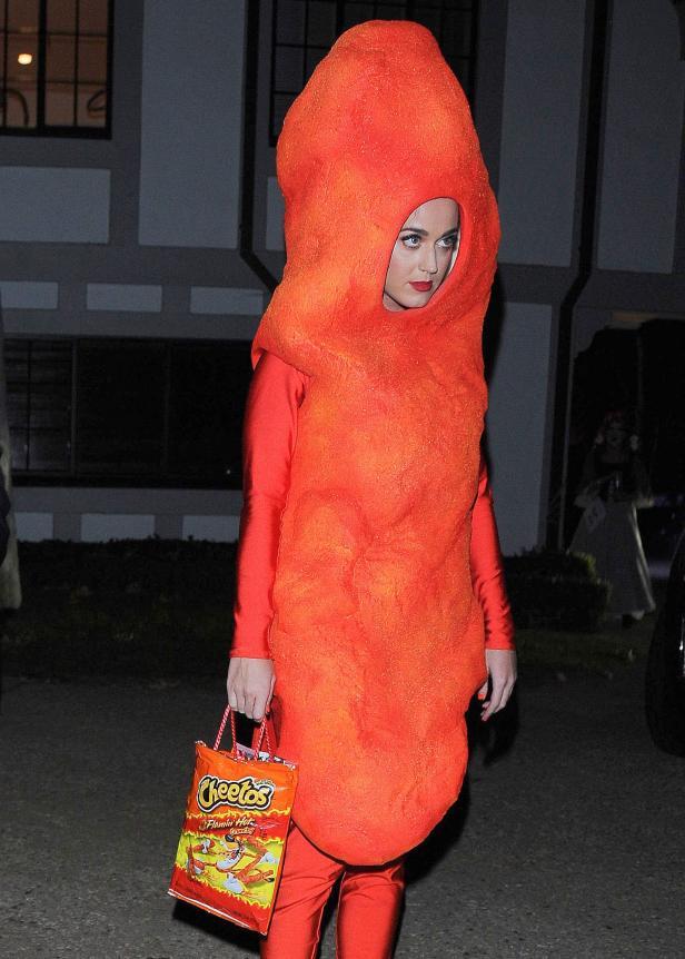 Hollywood pakai kostum bertema makanan   © 2019 brilio.net