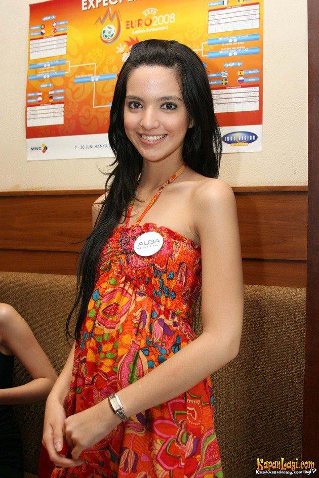 nia ramadhani awal karier © kapanlagi.com