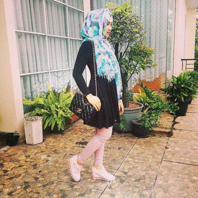 dress dan hijab © 2019 brilio.net berbagai sumber