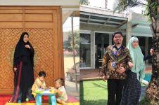 12 Penampakan rumah Ustaz Solmed, pintunya bak Masjidil Haram