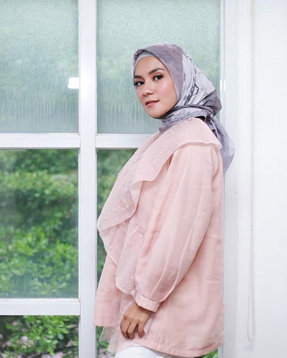 mantan model dewasa hijrah © 2019 brilio.net