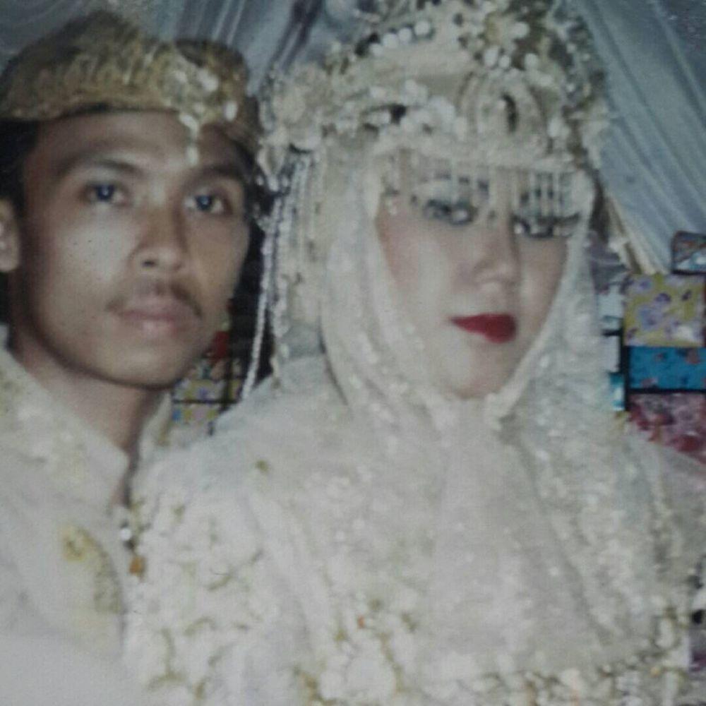 Momen manis Yayan Ruhian bersama istrinya © 2019 brilio.net