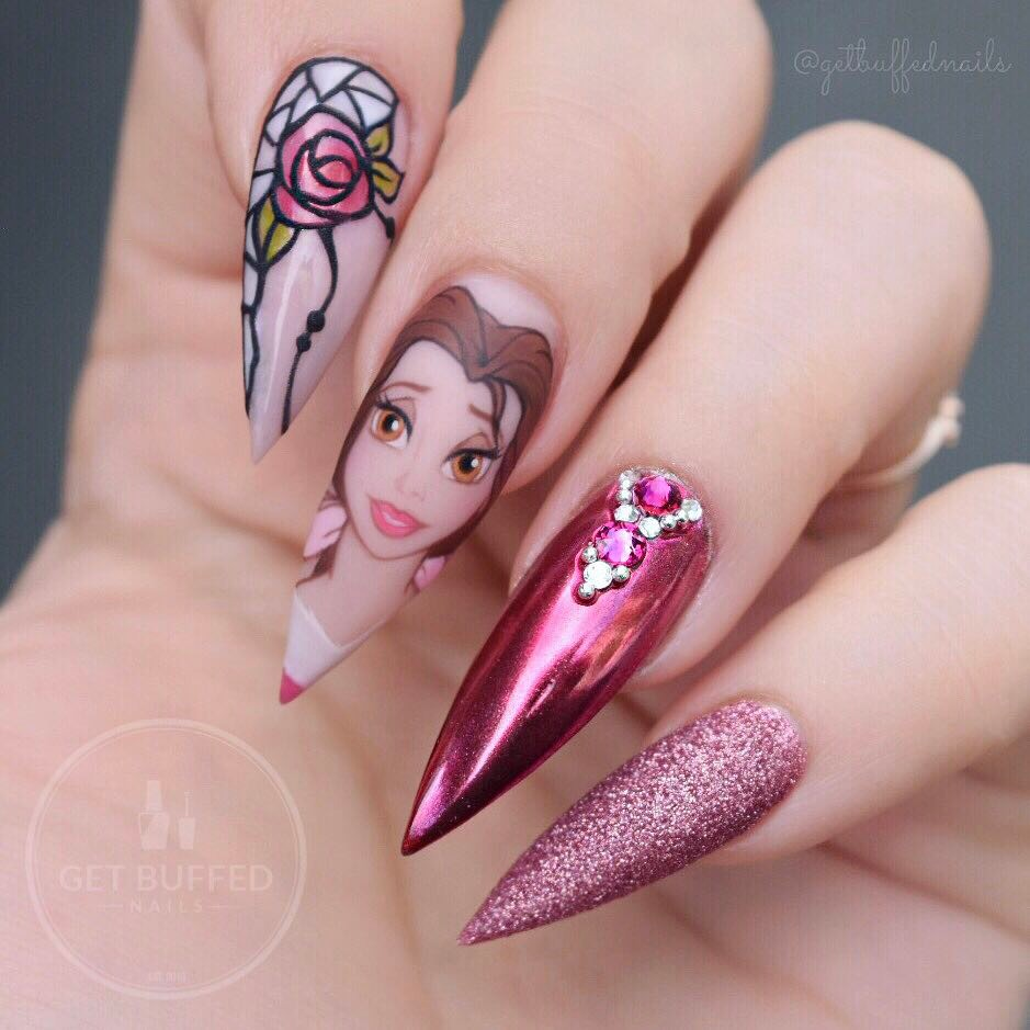 Nail art bertemakan karakter Disney istimewa