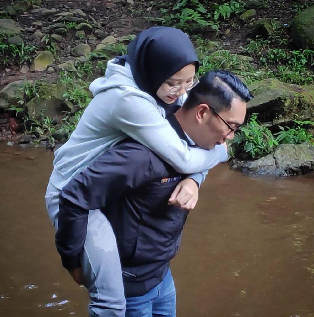 liburan Ridwan Kamil kemah © 2019 Instagram