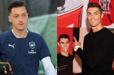 Selain Mesut Ozil, 10 pesepakbola ini jatuh ke pelukan ratu kecantikan