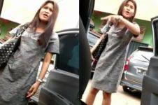 Aksi cewek ini viral, ogah bayar taksi online malah marahi sopir