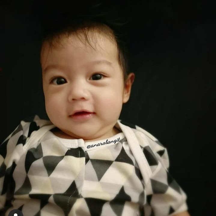 Anak seleb ini punya Instagram sejak lahir © 2019 brilio.net
