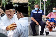 Momen SBY termenung menatap pusara Ani Yudhoyono, bikin terenyuh