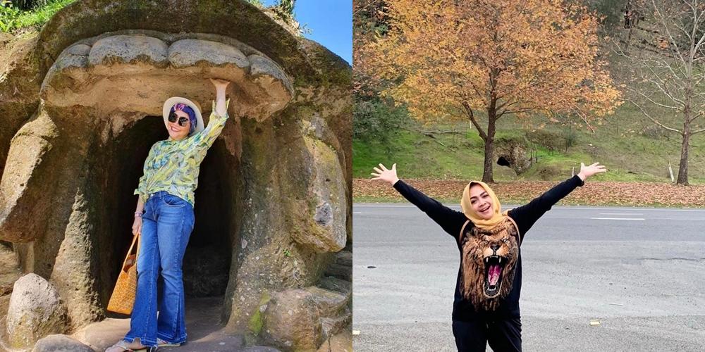 Gaya Mama Rieta vs Umi Kalsum saat liburan, siapa lebih keren?