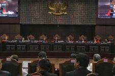 MK masih menanti alat bukti fisik dari kuasa hukum Prabowo-Sandi