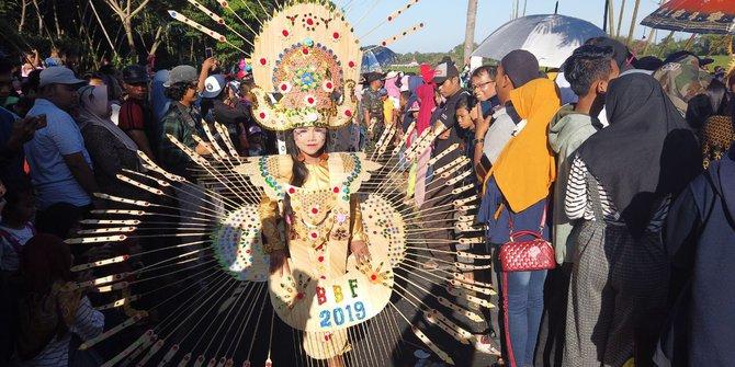 merdeka Festival Bambu Gintangan © 2019 brilio.net