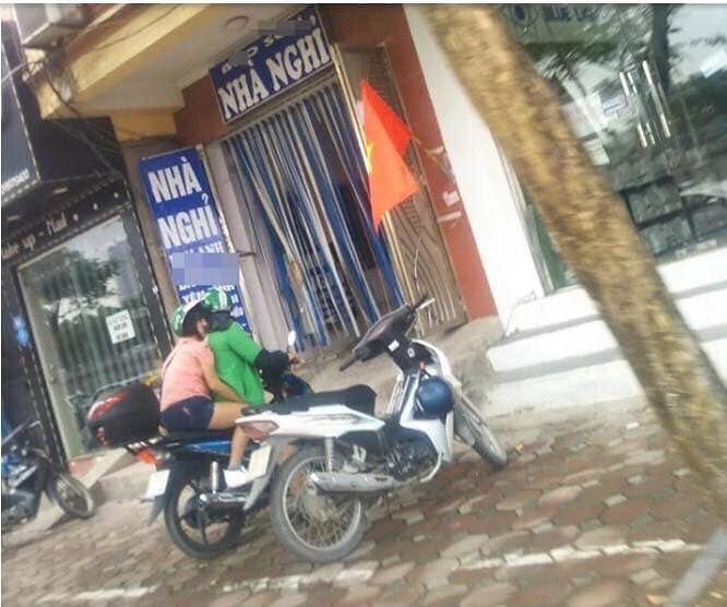 momen absurd penumpang ojol © 2019 berbagai sumber