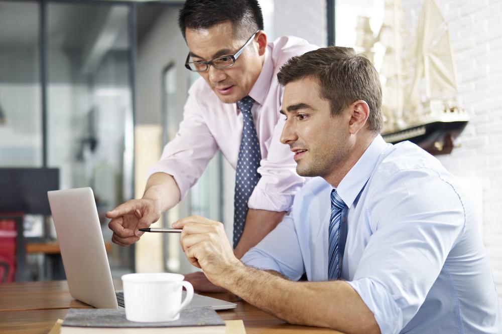 5 Keuntungan yang bisa didapatkan ketika kuliah sambil bekerja