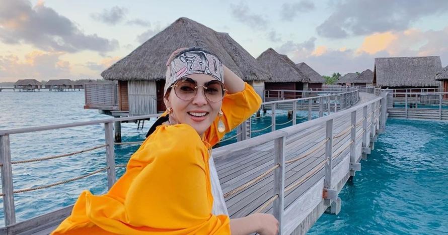 Unggah foto liburan di Bora-Bora, caption Syahrini tuai sorotan