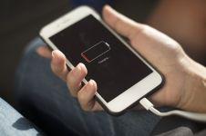 Smartphone sering drop, ini cara mudah mengatasi baterai bocor