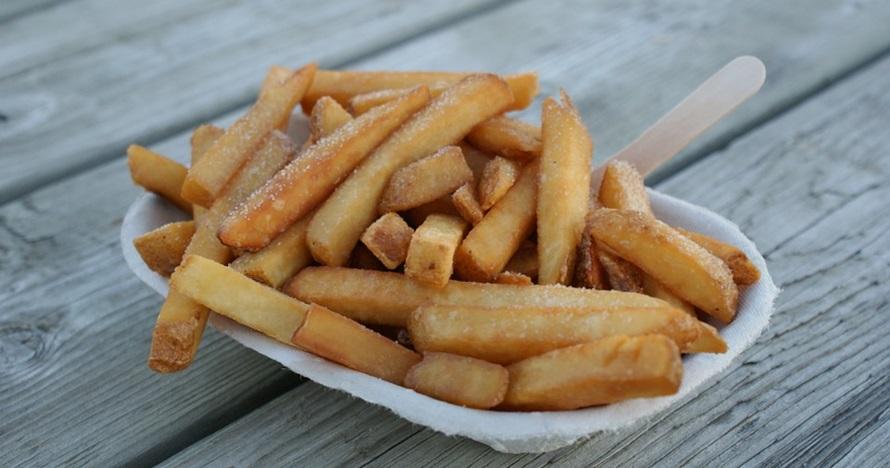 Cara membuat kentang goreng ala KFC dengan saus keju, nggak ribet