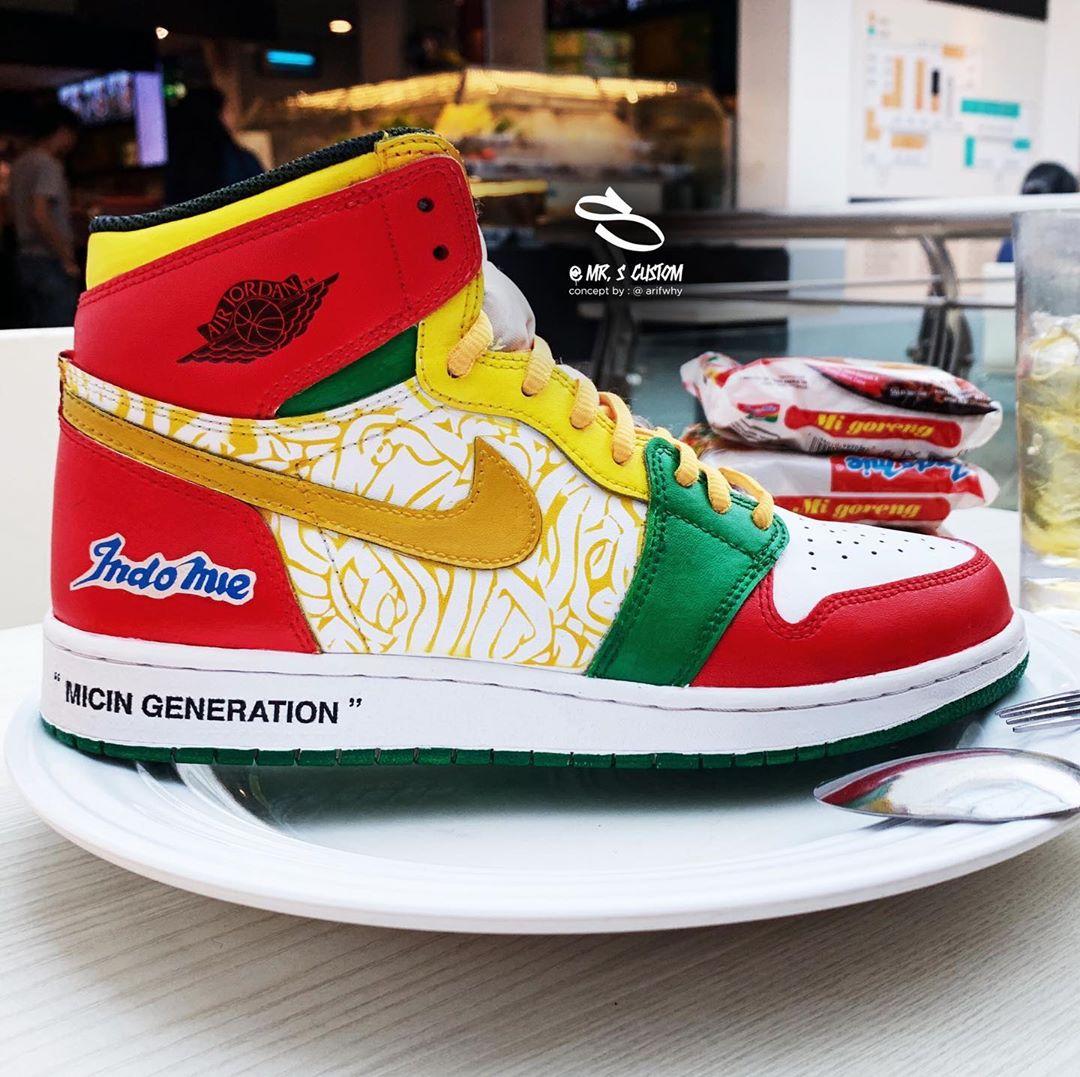 Kolaborasi dengan Indomie, begini tampilan sepatu Nike Air Jordan 1