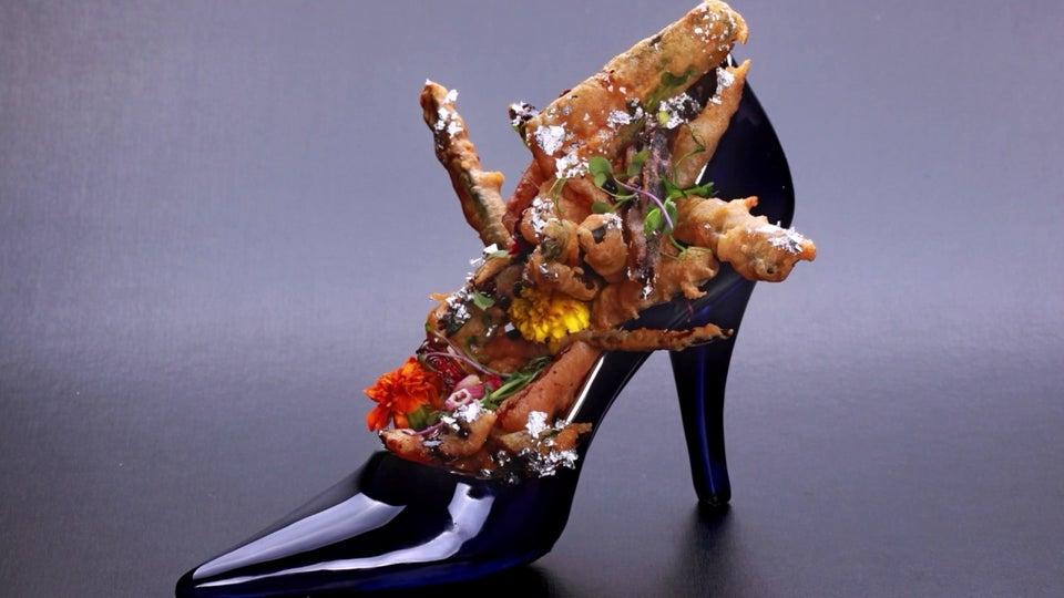 makanan pakai sepatu  © 2019 brilio.net