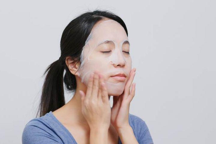 6 Fakta sheet mask, masker sejuta manfaat yang lagi ngehits