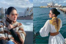 Liburan di Australia, Syahrini nyaris dipatok burung pelikan