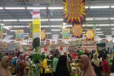 Supermarket besar di Indonesia banyak yang tutup, ini 5 sebabnya