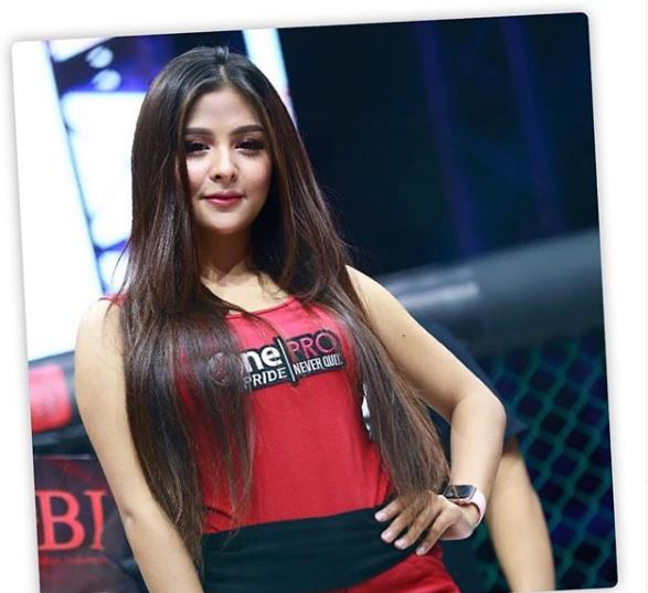 8 Pesona Thya Sethya mantap berhijab, mantan gadis ring MMA © 2019 brilio.net