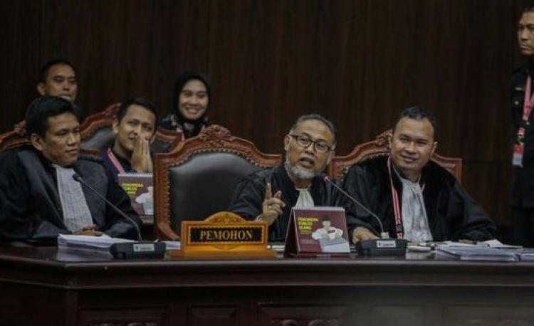 5 Dalil permohonan pihak Prabowo-Sandi yang ditolak MK