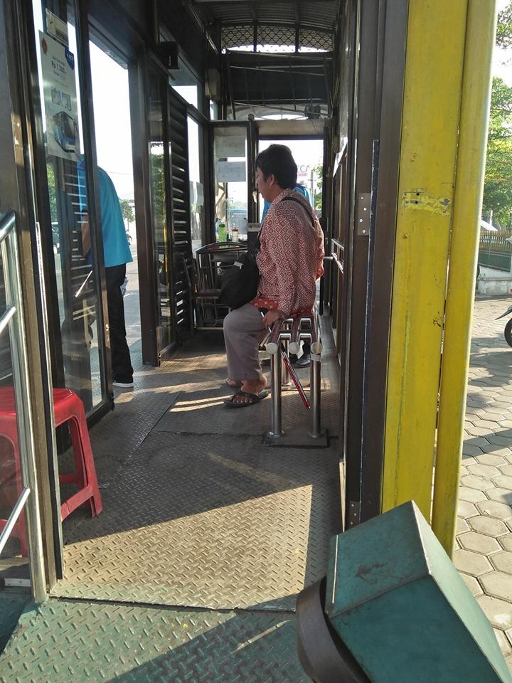 curhat driver ojol dapat penumpang tunanetra © Facebook/trailhead80