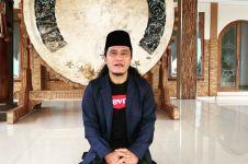 9 Potret kompak Gus Miftah & Ning Astuti, bikin adem
