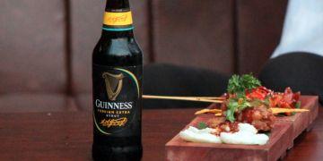 Bir hitam cocok dipadukan dengan kuliner Nusantara, termasuk rawon lho