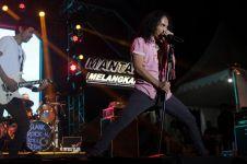 6 Fakta konser Magnumotion Slank di Bandung yang ngerock abis