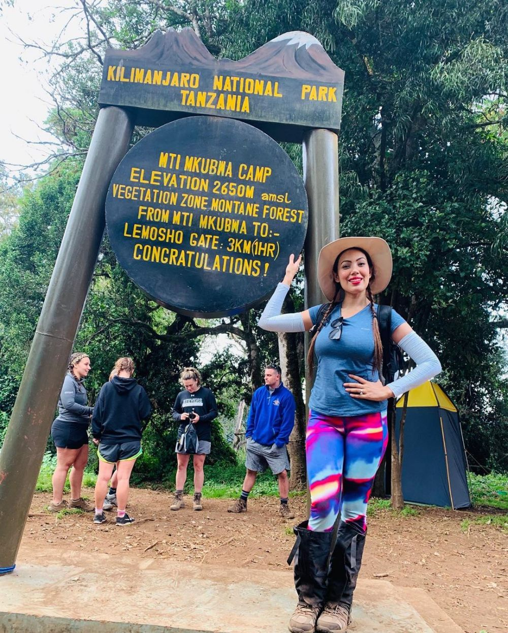 munmun dutta kilimanjaro © 2019 berbagai sumber