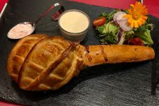 Beda dari yang lainnya, steak lezat ini berbentuk lolipop