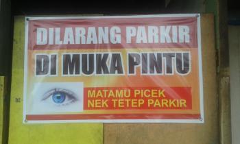 dilarang parkir depan rumah © 2019 berbagai sumber