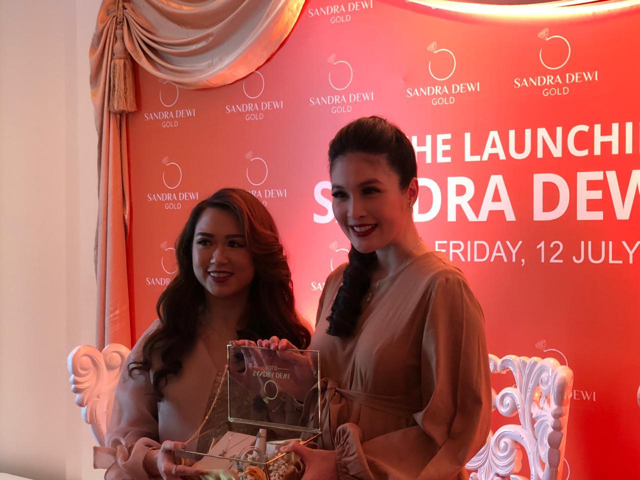 Ini alasan Sandra Dewi buka bisnis baru di bidang perhiasan