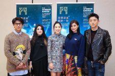 9 Pesona Xana Tang, bintang film Mulan yang dekat Iqbaal Ramadhan