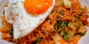 Resep nasi goreng untuk bekal sekolah anak, mudah dan praktis