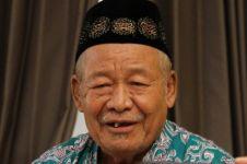 Kisah haru tukang becak naik haji setelah 22 tahun menabung