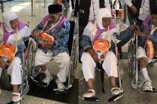 Momen pasangan kakek nenek jemaah haji tak mau pisah ini mesra abis