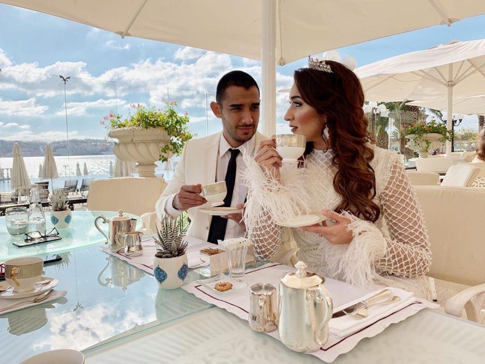 Kisah cinta Tania Nadira & Abdulla Alwi  © 2019 brilio.net