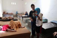 Kisah mantan pemulung tampung ratusan lansia di rumah, penuh haru