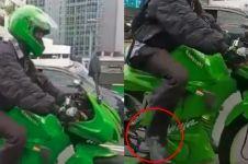 Sekilas naik motor sport, kendaraan yang dinaiki pria ini bikin kaget