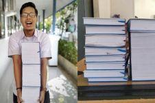 Viral mahasiswa susun skripsi setebal 3.045 halaman, bikin takjub