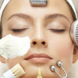 4 Cara merawat wajah agar terhindar dari tanda-tanda penuaan dini