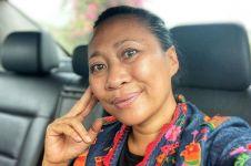 5 Fakta Niluh Djelantik, desainer Bali langganan seleb Hollywood