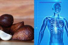 20 Manfaat buah salak, cocok untuk diet dan menyehatkan jantung